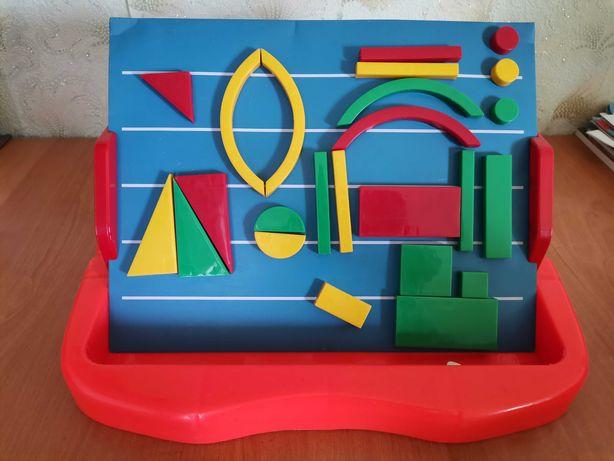 Доска знаний магнитная с буквами и фигурами