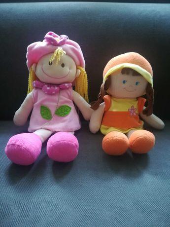 Uwaga! Dwie miękkie, pluszowe lale szukają nowego domu.