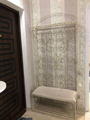 Вешалка для одежды Метал Арт 28059/б пристенная Мимоза, кованная.