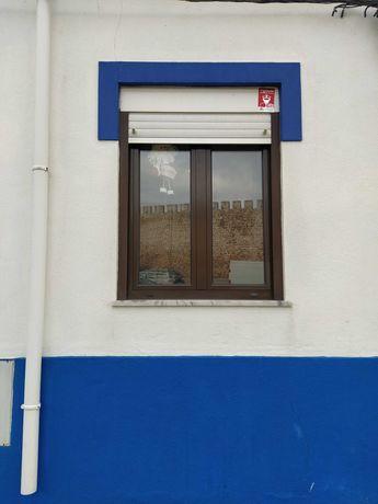 Porta e 2 janelas com vidro duplo