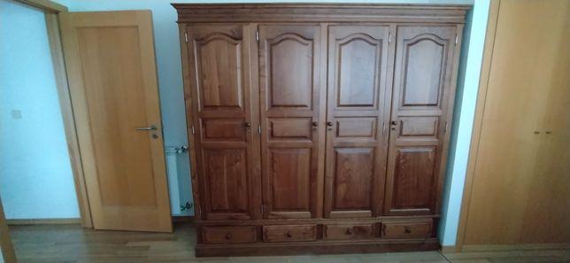 Armário roupeiro em madeira 4 portas