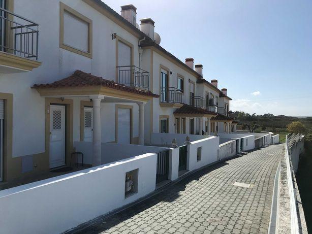 Moradia V3 a 2min de São Martinho do Porto