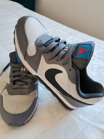 Ténis Nike originais 37,5