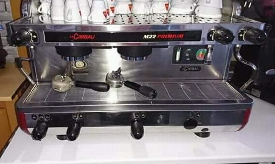 Máquina de café - Cimbali M22 premium