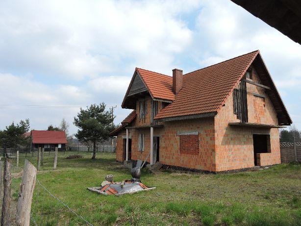 Działka z domem w budowie