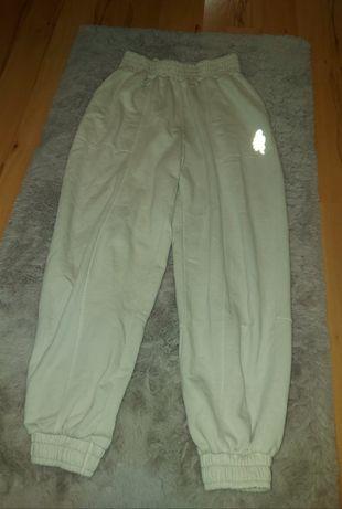Spodnie dresowe Bershka