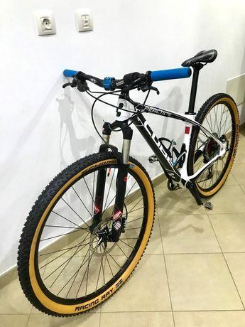 Bicicleta Cube 29 Carbono 1x12V