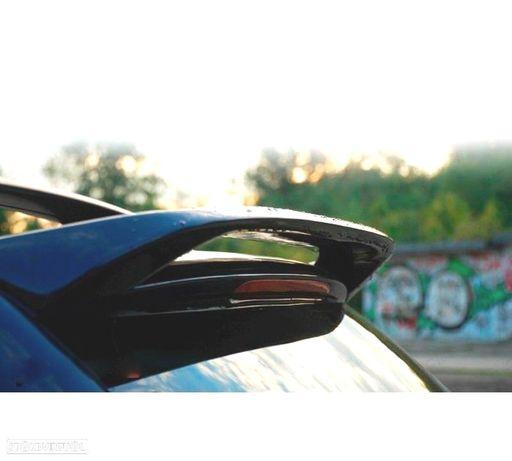 AILERON / SPOILER TRASEIRO VW TOUAREG 2002-2006 (02-06)