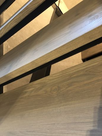 Лестница с дерева металлокаркас