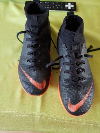 Halowki Nike