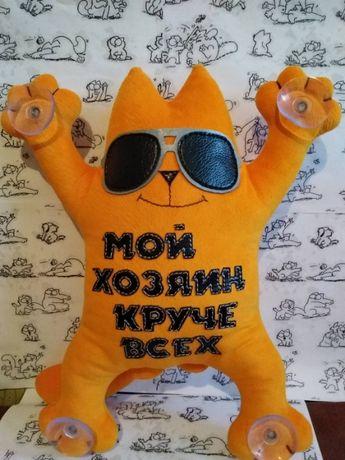 Кот Саймона ручной работы ( на присосках) для автомобиля