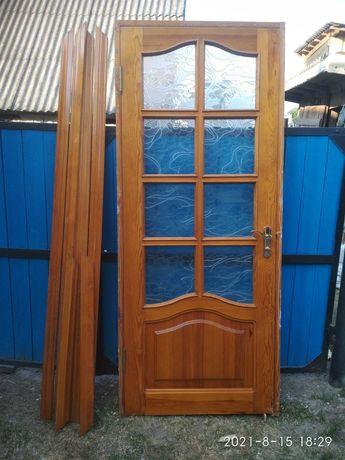 Дерев'яні двері б/у