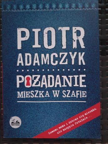 Piotr Adamczyk Pożądanie mieszka w szafie