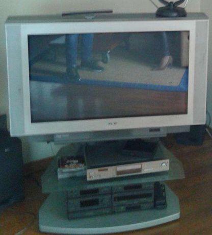 "TV Sony panorâmica (80cm) 32"" com móvel - A FUNCIONAR"