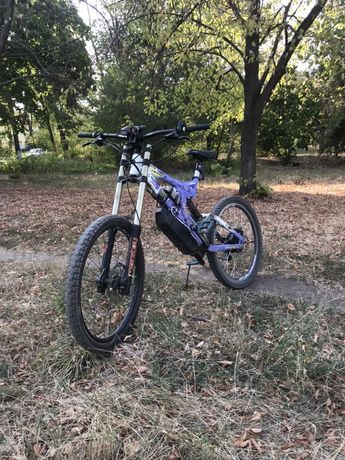 Электровелосипед specialized big-hit2,500w 48v(fox, rock shox)SUR-RON