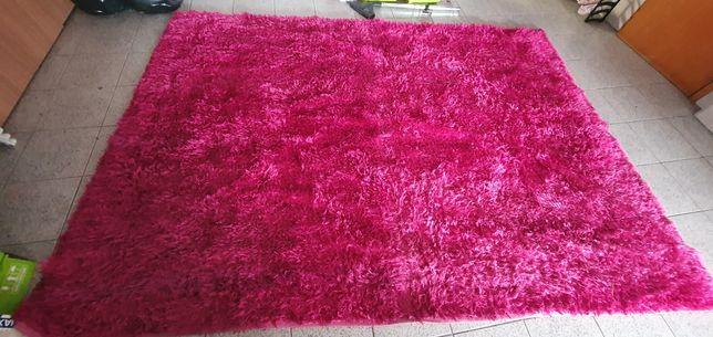 Vendo Carpete rosa