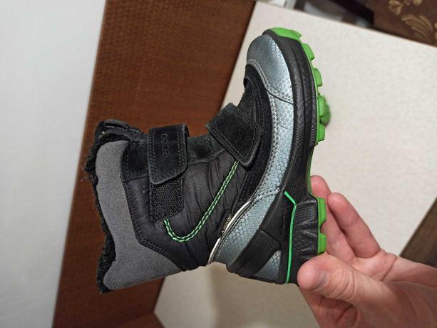 Детская обувь ecco 26,25,24р 500гр