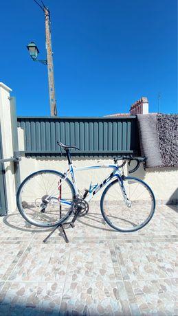 Bicicleta BH rc1