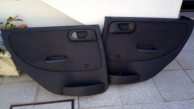 Quartelas Opel Corsa C 5 portas
