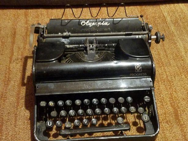 Maszyna Olimpia importe d la magne,rzadki ciekawy uklad klawisz