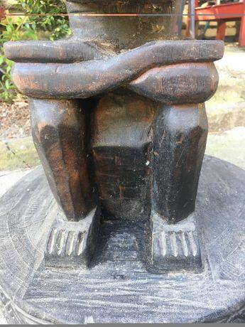 Stolik drewniany w stylu etno