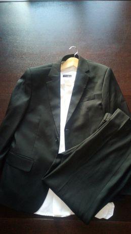 Garnitur M L czarny z koszulą