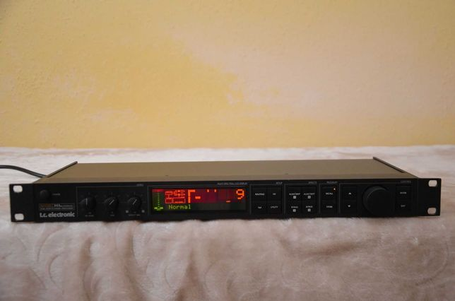 Procesor wokalowy TC-electronic M-One XL