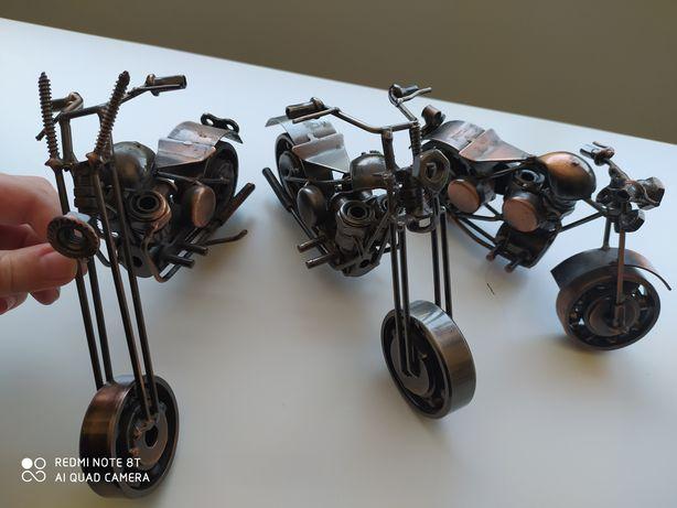3 motas decoração em ferro