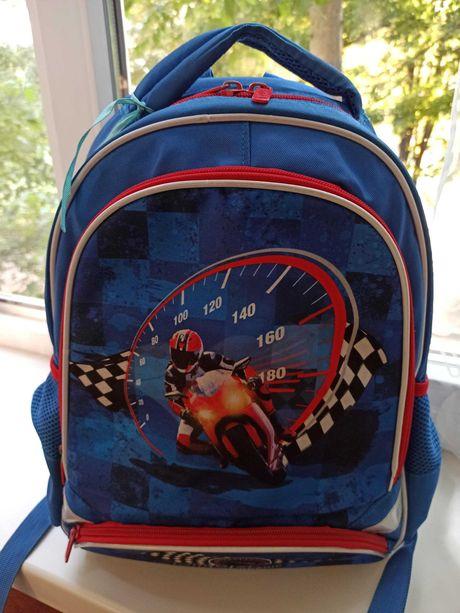 Продам рюкзак школьный детский Kite (модель  K18-517S) для мальчика