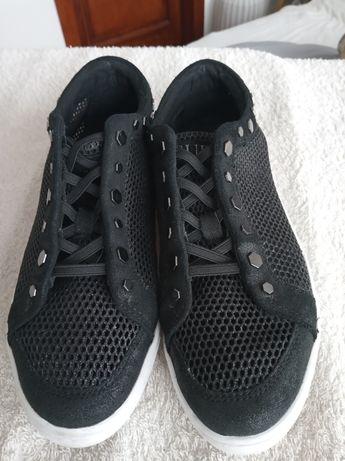 Buty damskie GUESS czarne rozmiar 38