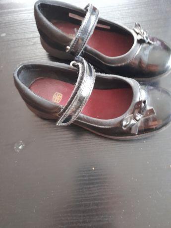 Pantofelki dla dziewczynki