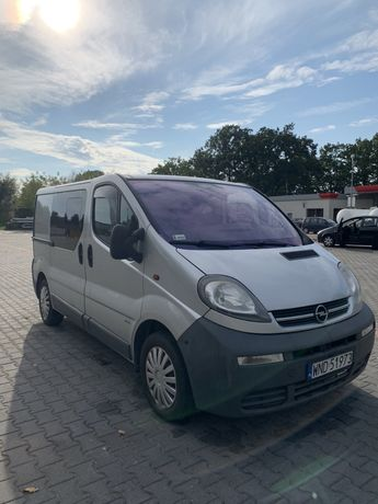 Opel Vivaro 1.9 klima 6-osobowy