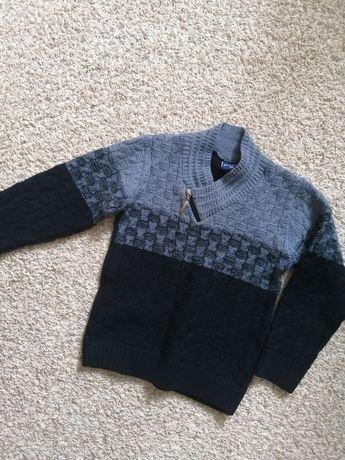 Тёплый свитер кофта Турция