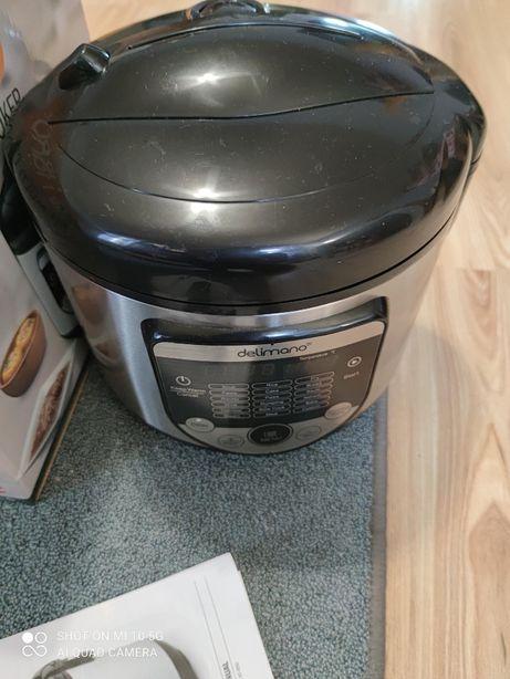 Multicooker 18w1