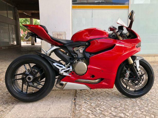 Ducati 1199 muito bom estado sem riscos mota novo