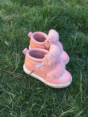 Весняне взуття