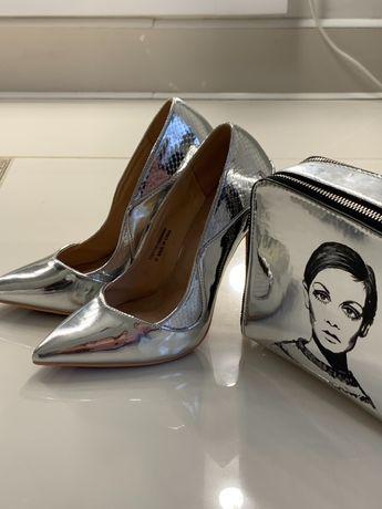 Туфли и сумка-клатч Missguided дизайнерской росписью на заказ, серебро