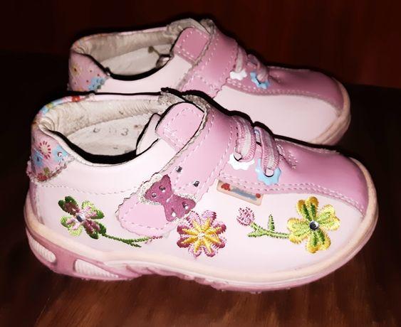 Кроссовки кеды ботинки для девочки