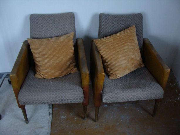 dwa fotele zabytkowe