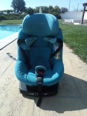 Oportunidade! Cadeira Auto AxissFix Bébé Confort Grupo I