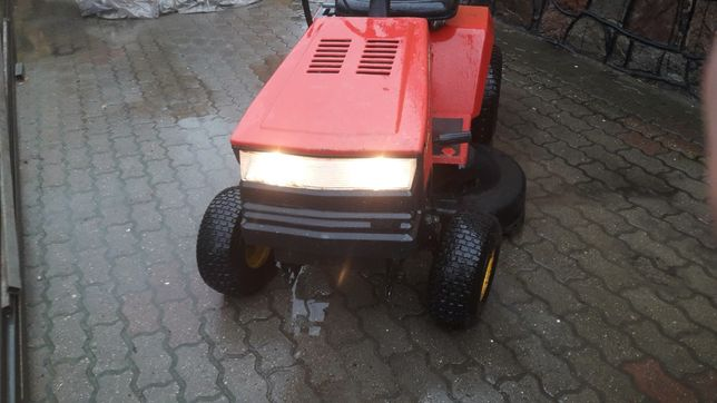 Kosiarka traktorek mtd Husqvarna stiga