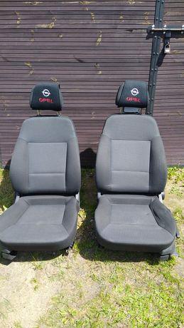 Fotele samochodowe Opel Signum