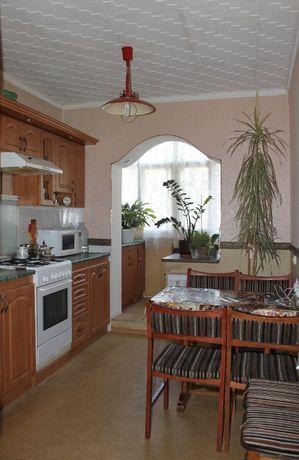 Продам 3-х комнатную квартиру на Солнечном с гаражом