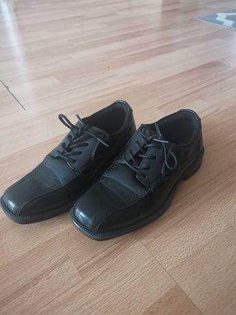 Pantofle buty do komunii 33
