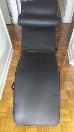 """Cadeira """"Psiquiatra"""""""