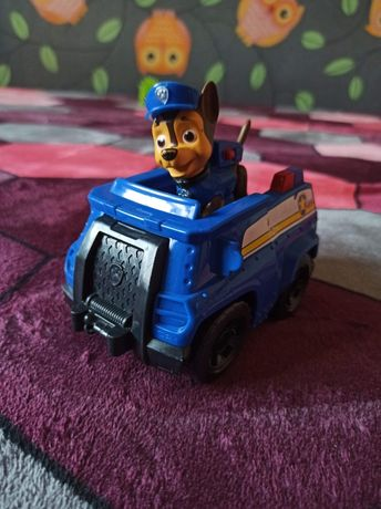 Chase z pojazdem Psi patrol