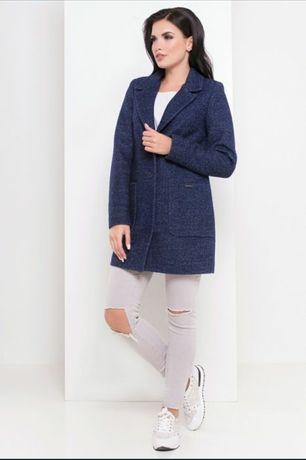Кашемировое пальто . Цвет темно синий.