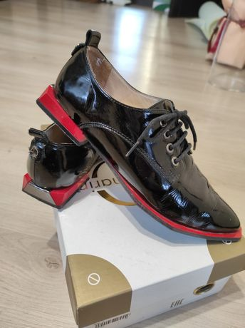 Туфли женски 36 р