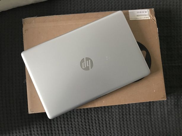 Laptop HP 15 i3-7020U/8GB/240/Win10 FHD