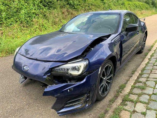 Subaru BRZ uszkodzony